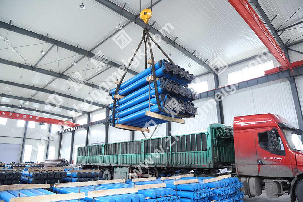 中煤集团一批矿用单体液压支柱分别发往陕西和山西